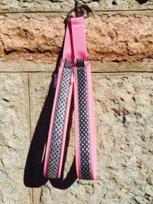 Ljusrosa skinn - Keltisk silver el. svart  fläta- Totalbredd 3 cm