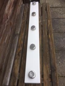 Noseswork BAR: en   5 metalburkar. Lätt väger endast 700 gr.   1 meter lång. 10 cm bred