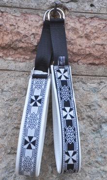 Keltisk korsen de två olika varianterna