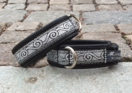 Läckert vikingamönster Svart skinn Svirvel i silver och svart.