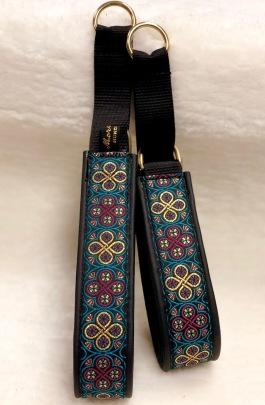 Ringblomma med läckra färger i petroleum & lila Bredd 4 cm