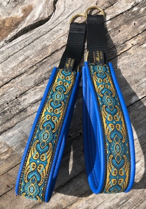 NYHET! Medeltids Blått & gult band i vackert mönster 410.  BREDARE band totalt 4,5 cm