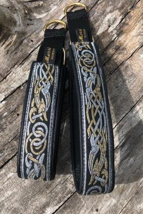 Keltiska hundar i guld & silver. Bredare band 3 cm Totalt 4 cm. Välj beslag krom eller mässing!