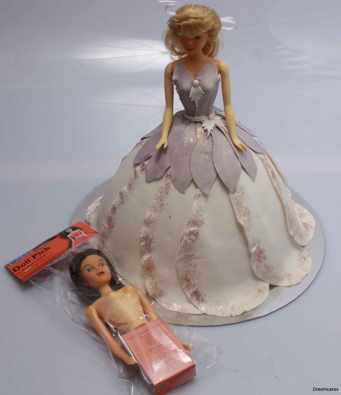 docköverdel till tårta, barbietårta, tårta med kjol, docktårta