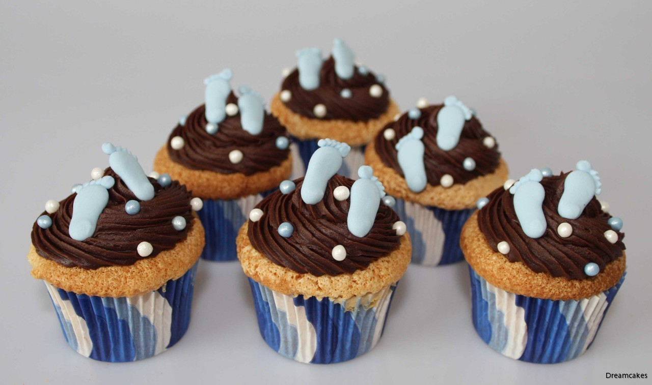doptårta, dopdekorationer, kristyrfötter, babyfötter till tårta och cupcake