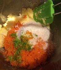 Blanda ned morötter, kokos och lime.