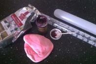 Modelleringspasta, pastafärg och kavel