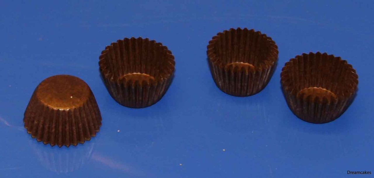 Fina formar för chokladpraliner och annat julgodis