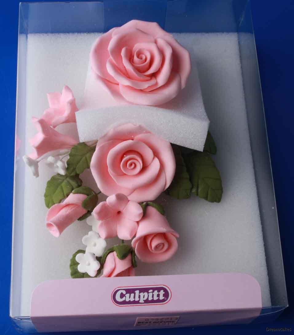 Rosbukett, sockerrosor, bröllopstårta, rosor till tårta, sugarflowers, rosa rosbukett till bröllopstårta, ros, ätbara blommor, ätbara rosor