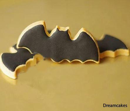 Batman, fladdermus, pepparkaksform, batmanutstickare, fladdermusutstickare, kakutstickare, tårtdekorationer, cookiecutter batman