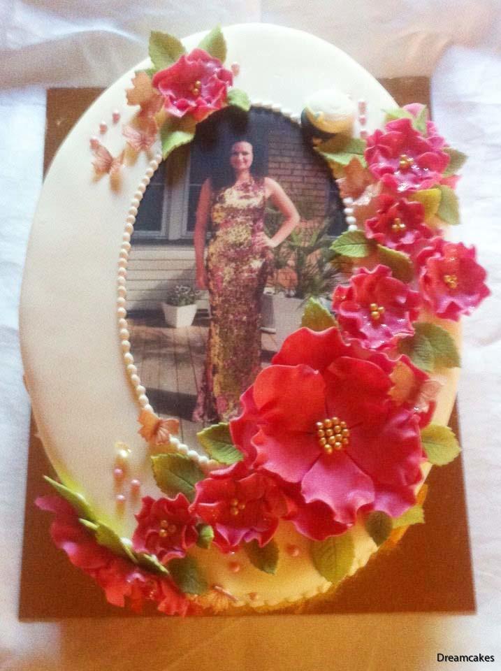 torkform för sockerblommor, torkform, sugarflowers, torka blommor, tårtdekorationer, tårtblommor, torka blommor till tårta, studenttårta med ätbar bild