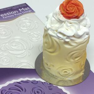 mönstermatta, impressionmat, rosmönstrad tårta, rosmönstrad bakelse, bröllopsbakelse, alla hjärtans dag bakesle
