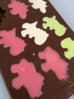 dinosaurier, chokladdinosaurier, dinos av choklad, chokladpraliner