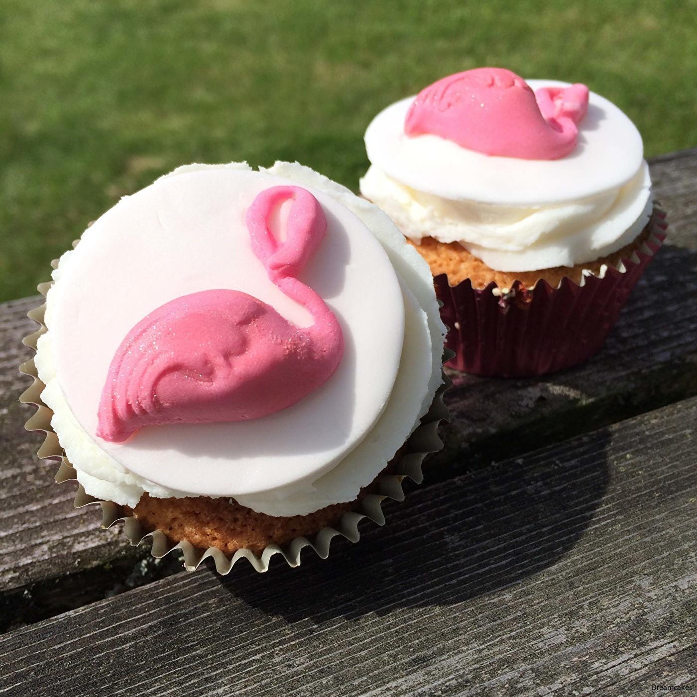 flamingo, tårtdekoration flamingo, flamingocupcakes, flamingois, is som flamingo, isform flamingo