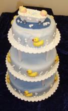 Bröllopstårta till anställda på Hafa badkar. Hela bröllopet gick i vatten-tema!