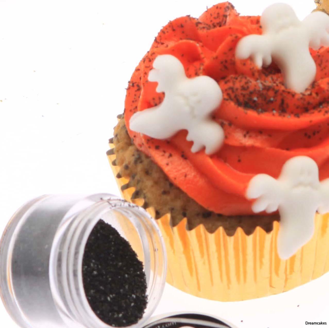 svart glitter, tårtdekoration halloween, elegant glitter på tårta