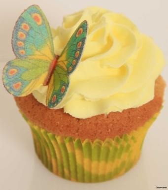 Frosting för muffins, tårtfyllning, täcka tårta med och dekorera cupcakes.