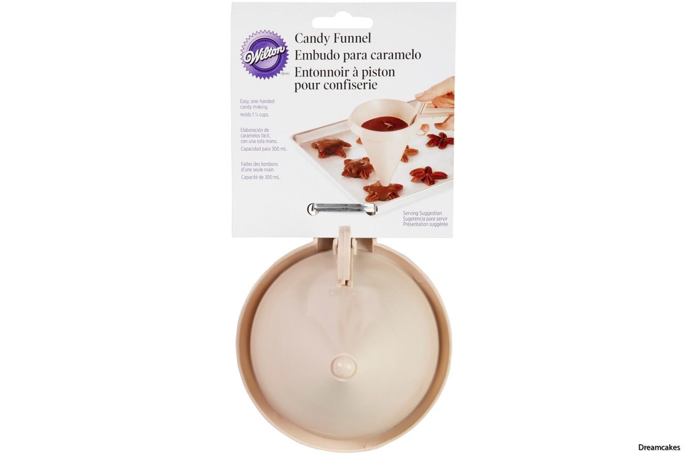 Knäcktratt för smidig fyllning av chokladformar och knäckformar