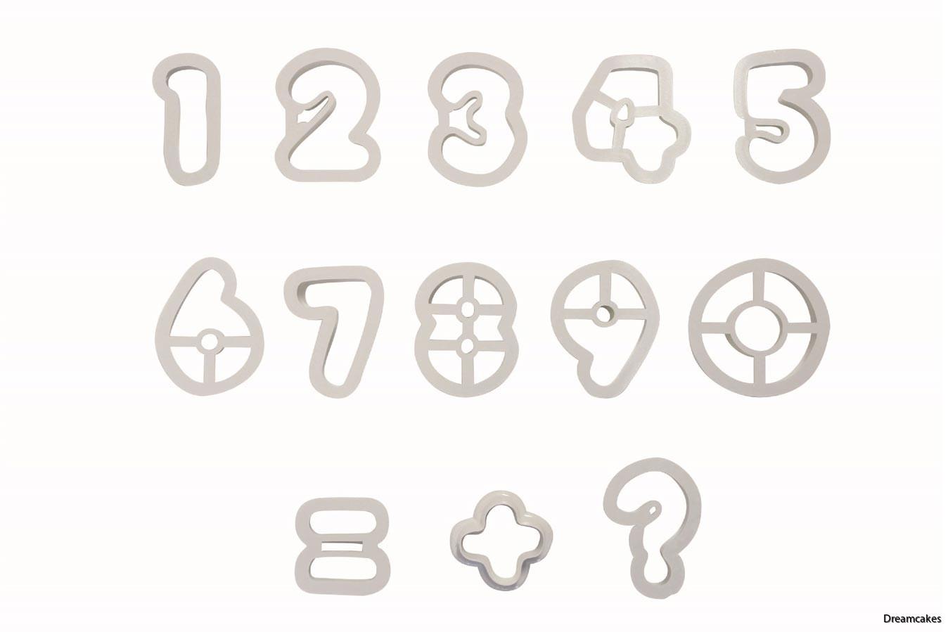 Enkla utstickare med siffror till tårtdekoration och kakor