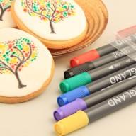 Penna med karamellfärg gör det enkelt att skriva text på tårtan!