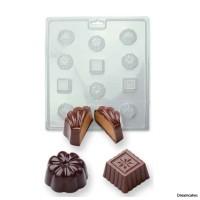 Gör egna goda chokladpraliner i dessa chokladpralinformar