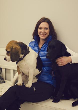 Jag med mina hundar Fiona och Nellie