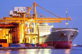 Sjöfrakt, flygfrakt och vägtransporter.