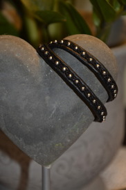 Ett rockigt 2-varvs LIMA med svart koppartråd och silverpärlor blev en uppskattad 30 års present.