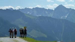 Vandrare i vackra Zillerdalen (c) Austria Travel