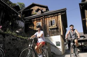 Cykling i Hallstatt © OÖ.Tourismus - Weissenbrunner