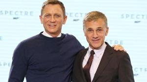 Daniel Craig (Bond) och österrikaren Christoph Waltz (Bondskurk) i Spectre, den nya bondfilmen som spelas in i Österrike. På bilden är de fortfarande vänner.