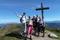 Glada vandrare på topp © Austria Travel - Rusner