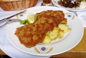 Wiener Schnitzel. Enda maträtten i Österrike? Wikimedia Commons - Leipnizkeks