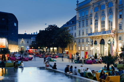 Museumskvarteret i Wien © Mueseumsquartier / Gebhart de Koekkoek
