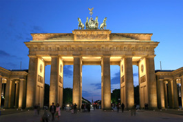 Brandenburger Tor Berlin © Wikimedia Commons - Thomas Wolf. Klicka för att se portalen på Ingress Intel Map.