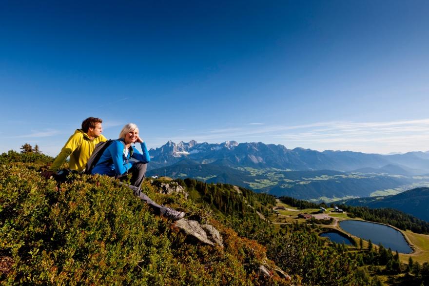 Du kan vinna en vandringsresa runt mäktiga Dachstein i Österrike © Schladming-Dachstein Ikarus.cc