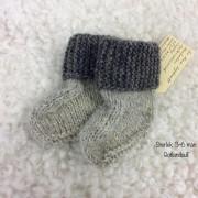 Sockor handstickade