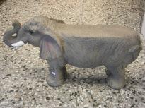 Elefantbänk. Längd 78cm Höjd 42cm
