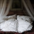 Sov sött i vår Bara Älska stuga