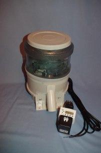 3. Cloverleaf foderautomat large 20 liter