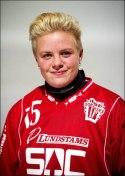 Sofie Josefsson - nyckelspelare i bå-de fotboll o bandy.