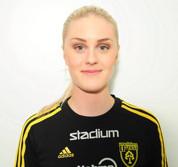 Linnea Lundgren har åter-tagit över ledningen i skytte-ligan.