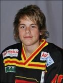 Hockeytalangen Niclas Möllhagen gjorde två mål mot Ljustorp.