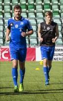 Pelle och Jocke Nilsson svettades i värmen på Norr-porten Arena. Foto: Anki Haglund