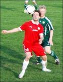 Jakob Melander gjorde två nya mål för Sund och den målfarlige anfalla-ren har visade sig vara ett klipp för Malandsklubben.