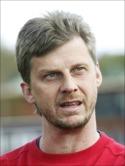 Conny Sjödin tränar sin sons lag 2014.