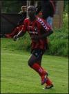 Bakary Dampha, här i Söders BK:s dress, satte vikti-ga 3-2-målet för LuMa.