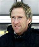 Göran Sundqvists Sund kan ta med sig Kuben ner i fyran vid seger i det TV-sända derbyt.