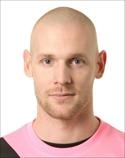 GIF-målvakten Tommy Naurin var rena väggen mot Ljungskile.