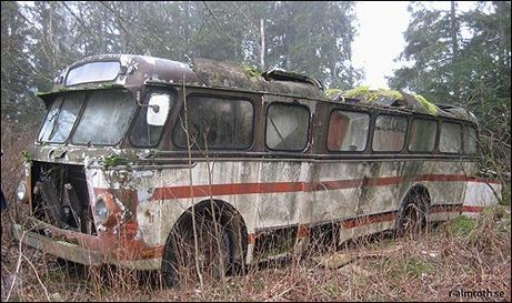 Alnö IF har investerat i en bättre begagnad spelarbuss inför kvalmatchen borta mot Ytterhogdal. Den kommer att rattas av den gamle storspelaren Leif Yngvesson trots att den här modellen saknar GPS.